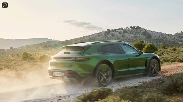 xe ô tô động cơ điện Porsche Taycan Cross Turismo Turbo S