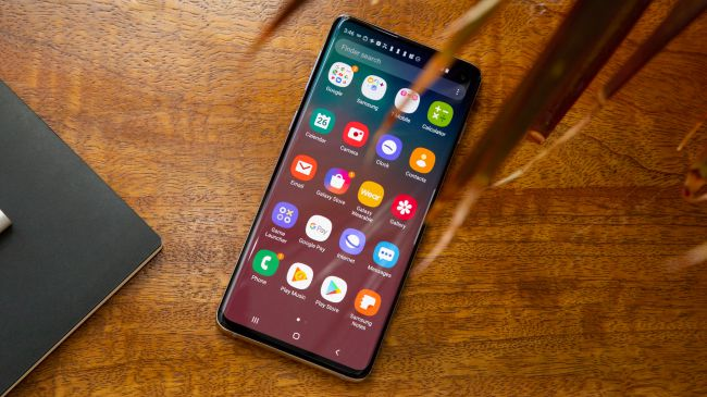 So sánh, đánh giá iPhone 11 Pro và Samsung Galaxy S10