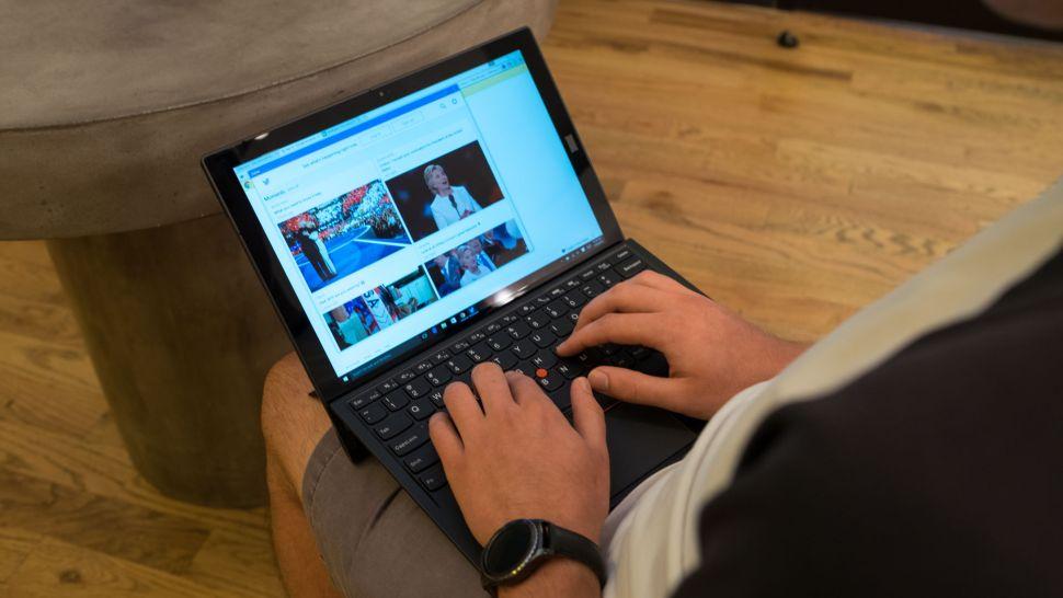 3. Máy tính bảng Lenovo ThinkPad X1 (Thế hệ thứ 3)