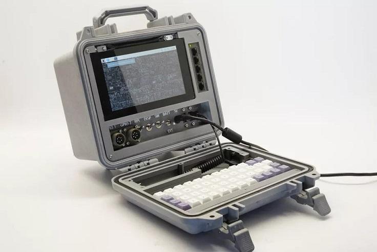 Máy tính Raspberry Pi cyberdeck phiên bản ngày tận thế