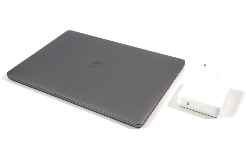 Thiết kế - MacBook Pro 13 2019 kiểu dáng quen thuộc