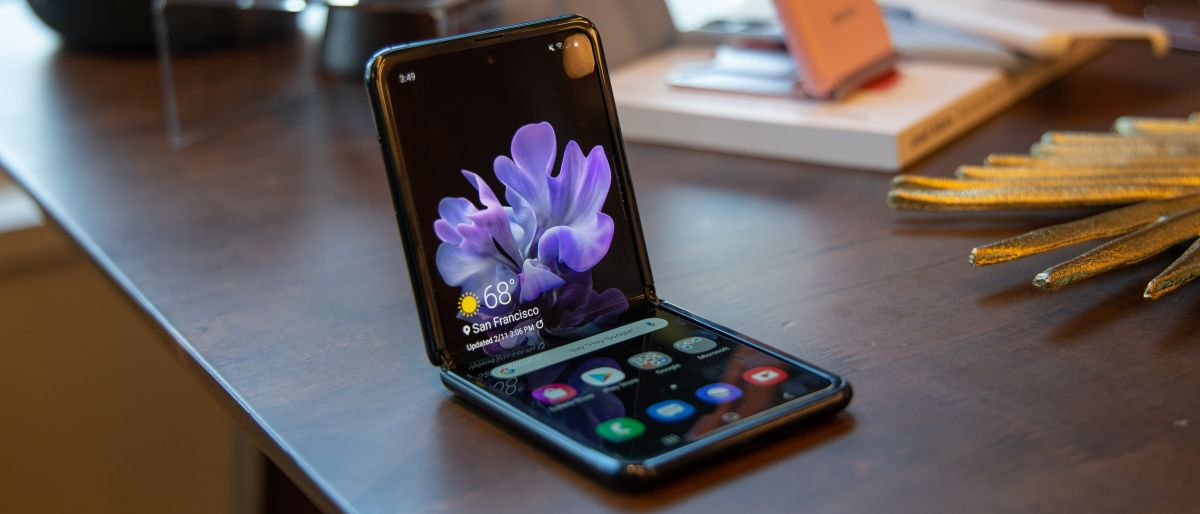 Đánh giá nhanh Samsung Galaxy Z Flip điện thoại có thể gập lại