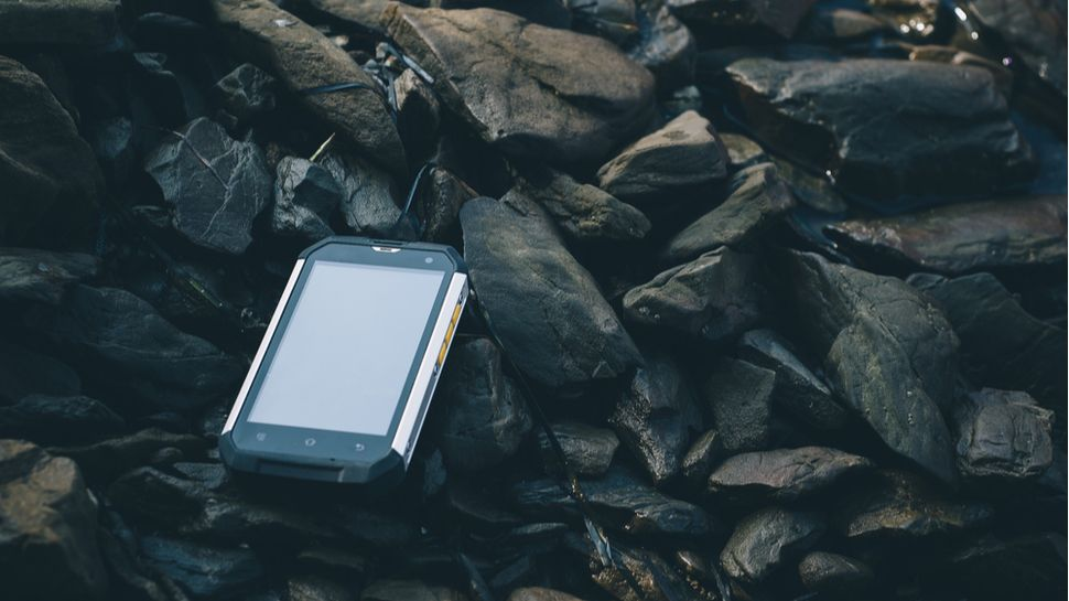 TOP Điện thoại siêu bền 2021: chống nước, chống va đập và chuẩn IP68