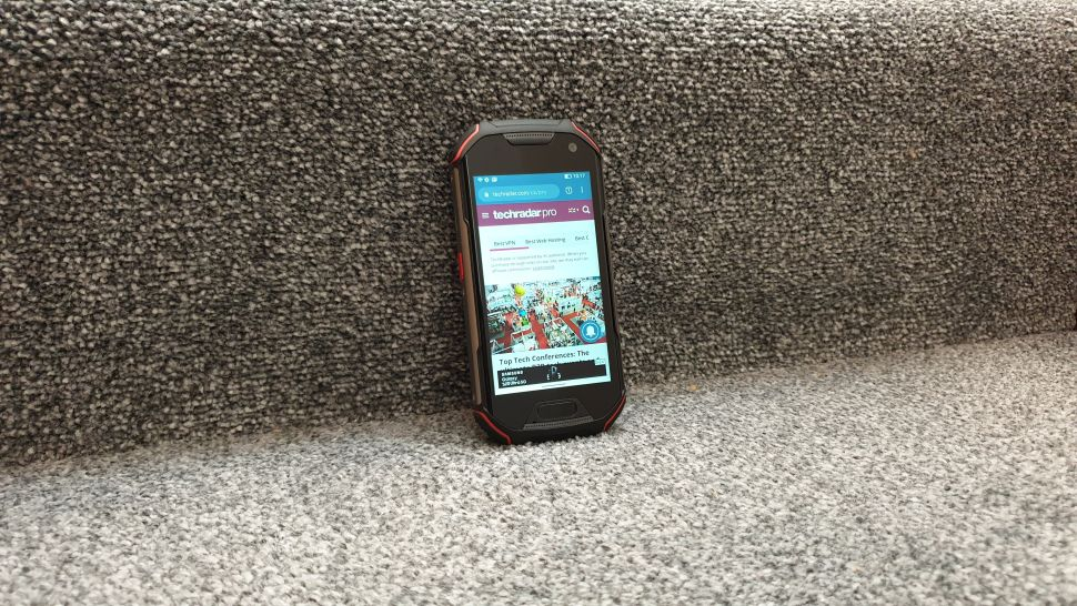 Unihertz Atom XL điện thoại chống nước, chống va đập tốt nhất