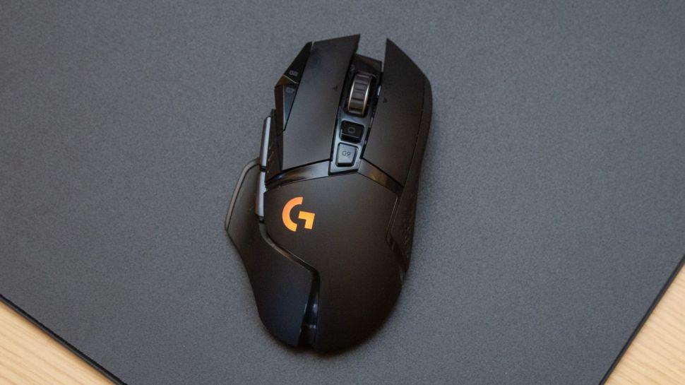 6. Logitech G502 Lightspeed